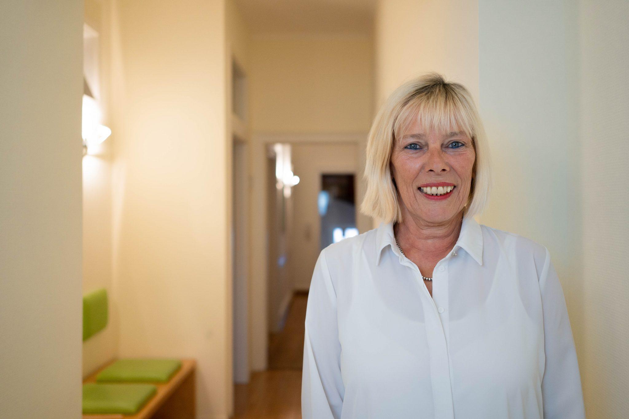 Sabine Karge Portrait Karlsruhe Privatpraxis Dr. König